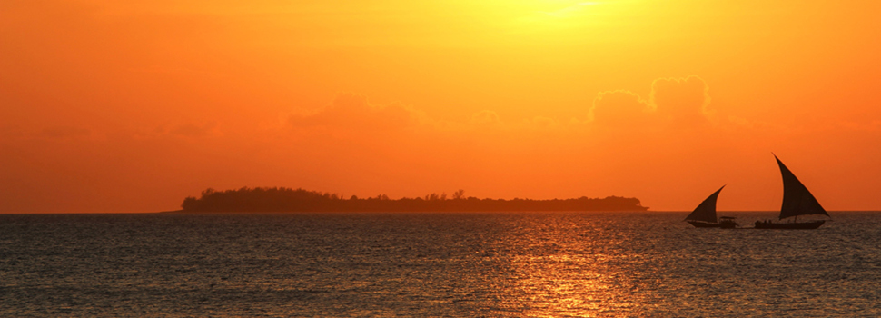 Tanzania Safari - Sunset in Zanzibar - Your beach stay